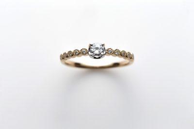 RosettEdaysの婚約指輪でローズマリー