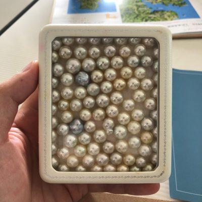 無調色真珠のかたまり